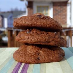 Готовим шоколадное печенье для своего ребенка