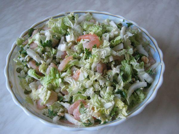 salat-iz-pekinskoy-kapustyi-s-suharikami-i-krevetkami-IMG_0890