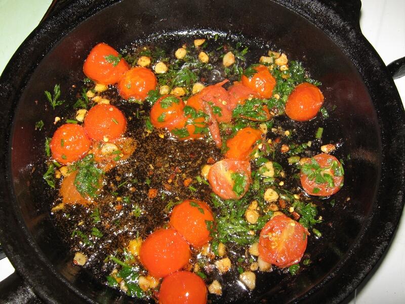 spagetti-s-pomidorami-cherri-i-syirom-IMG_1514