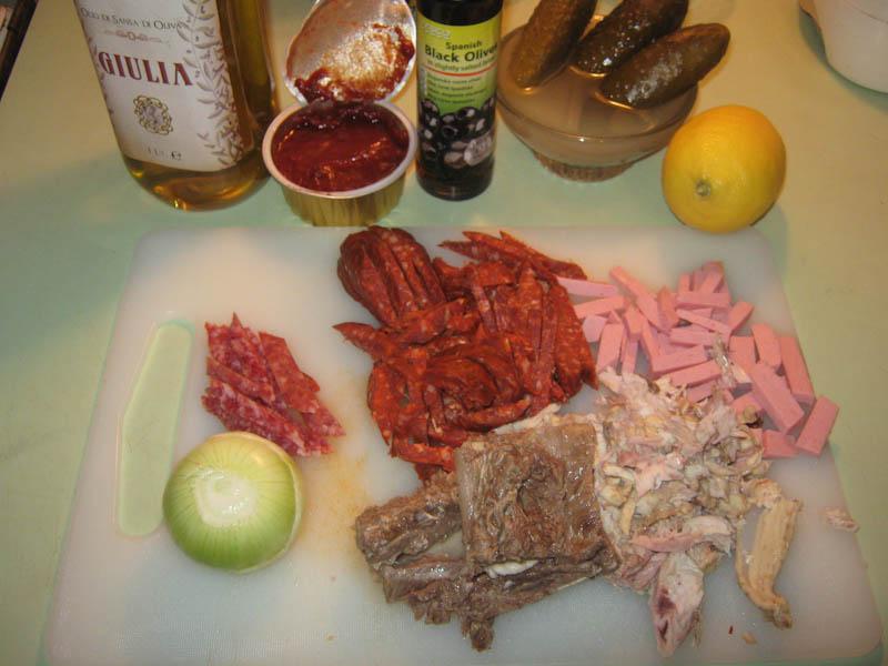 Рецепт солянки из колбас сборной классический