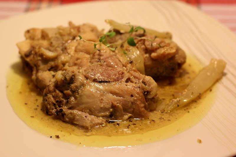 Тушеная курица с фенхелем в сливочном соусе