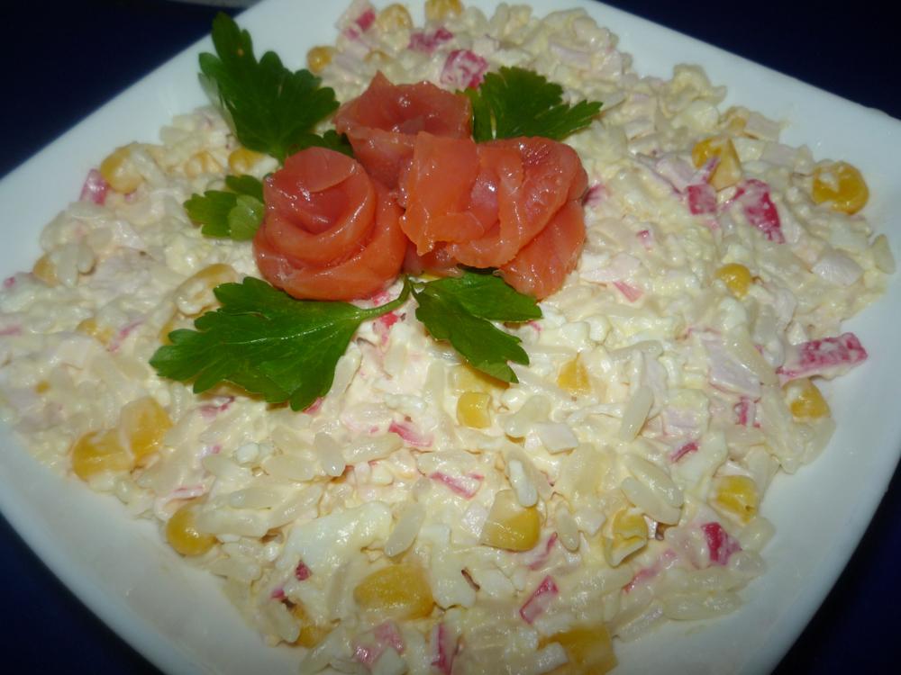 salat-iz-krabovyih-palochek-01