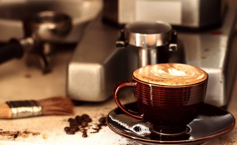 По каким критериям выбирается кофемашина в офис?