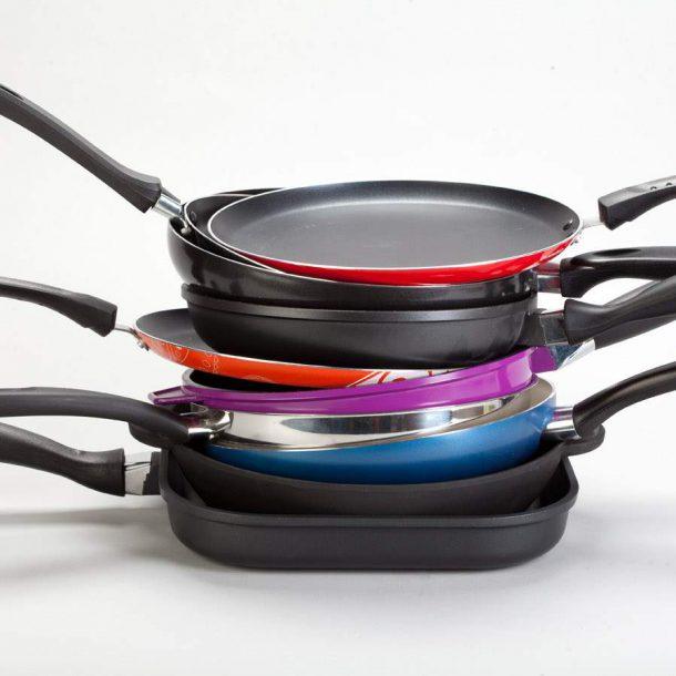 Как выбрать универсальную сковороду для жарки хорошего качества