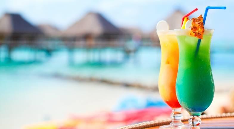 Лучшие пляжные коктейли