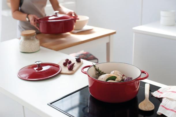 Посуда из эмалированного чугуна
