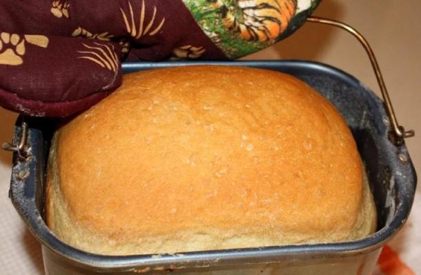 Хлеб, приготовленный в хлебопечке