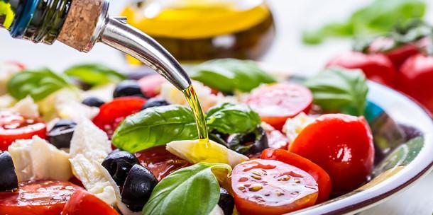 Растительное масло для заправки салатов
