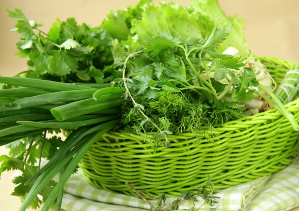 Не покупайте промытую зелень для салатов