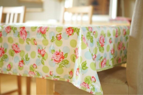Как подобрать идеальную скатерть для кухонного стола
