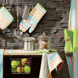 Полотенца на кухне. Как часто менять, как отстирать пятна, бумажные полотенца