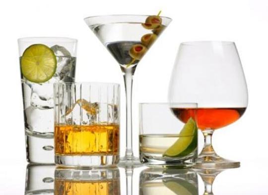5 лучших крепких напитков в новогоднюю ночь
