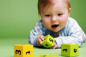 Игрушки в жизни маленького человечка