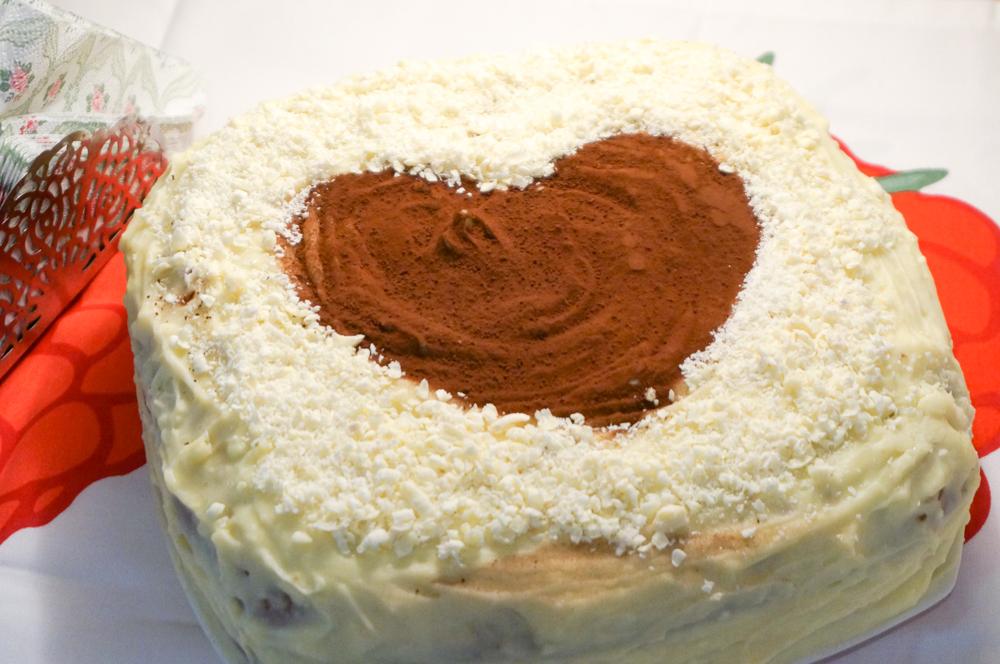 biskvitnyiy-tort-iz-yogurta-17