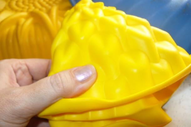 Как отличить поддельную силиконовую форму от настоящей?