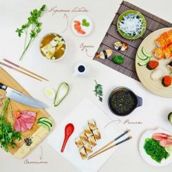 Доставка суши и других блюд через специальные сервисы