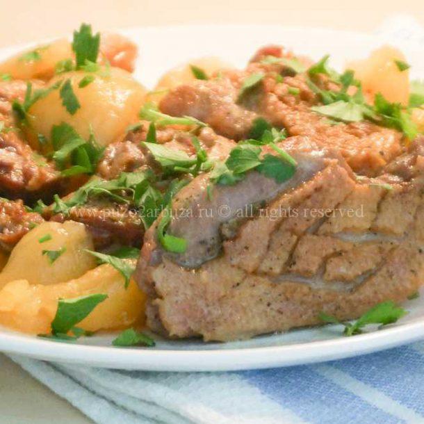 Рецепт с фото Тушеная утка с грушами