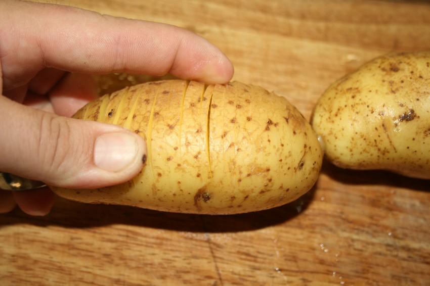 Картошка на мангале. мангал, еда, рецепт.