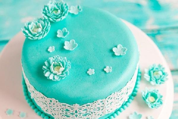 Применение мастики для украшения тортов