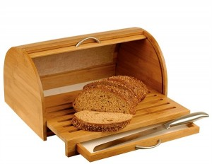 Как правильно хранить хлеб, чтобы он долго не черствел