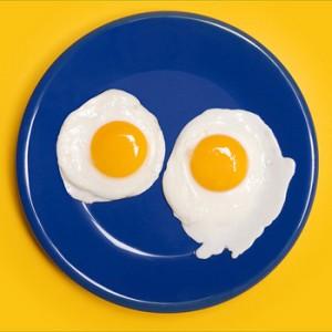 Как правильно готовить яичницу?