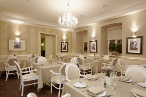 Организация корпоративного стиля в ресторане или кафе